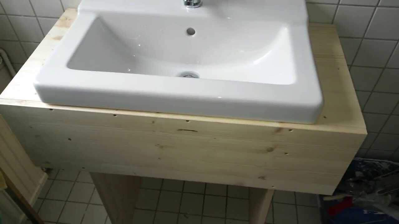 Simple wooden cabinet sink