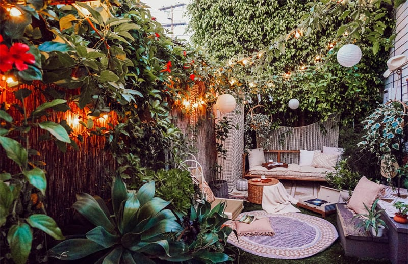 Small but dreamy garden getaways
