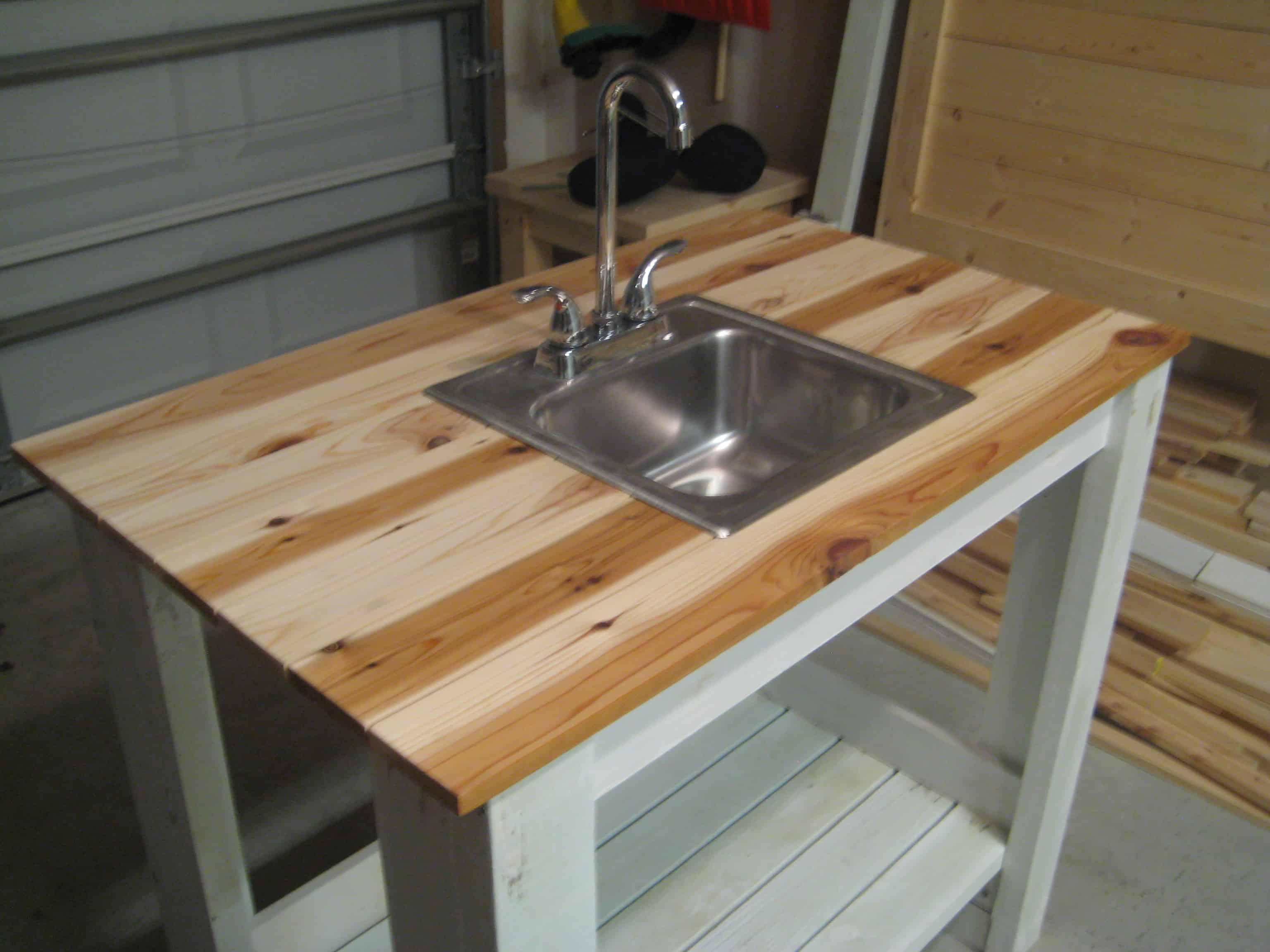 Very simple outdoor sink