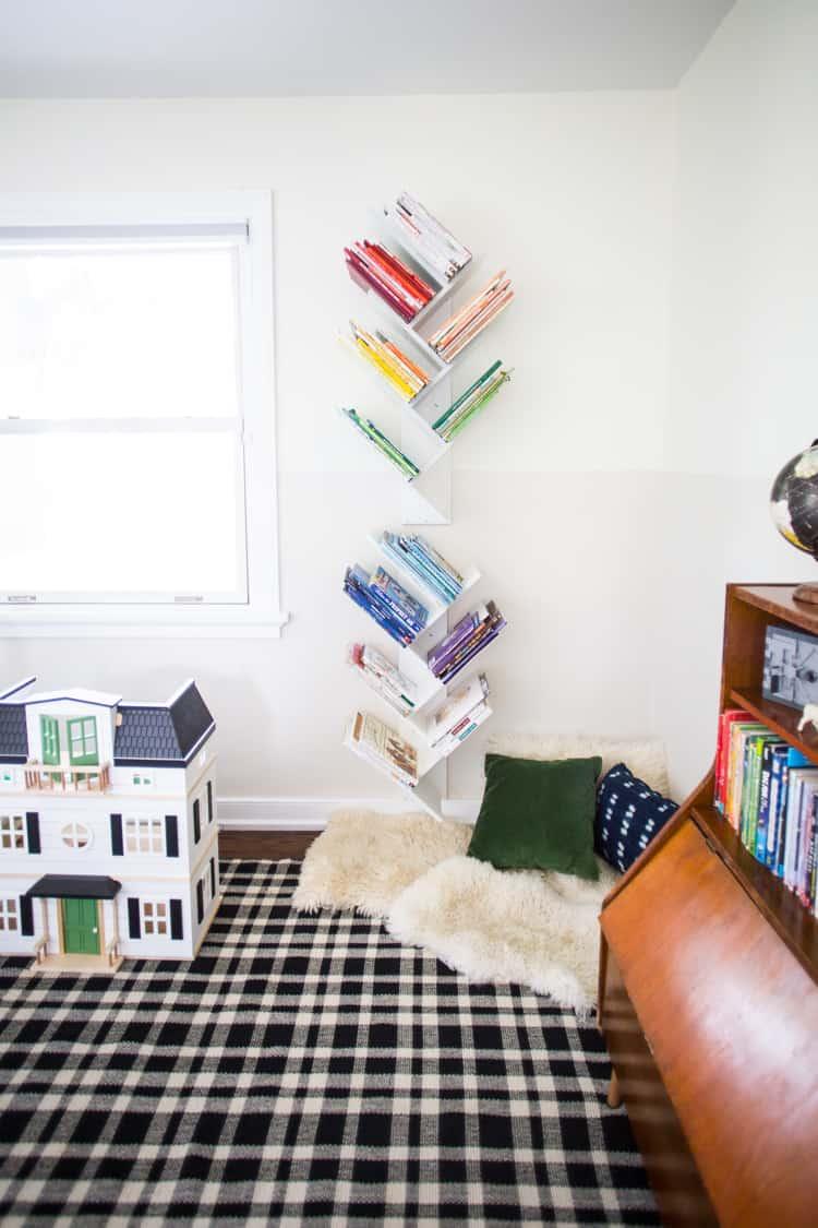 Diy tree bookshelf