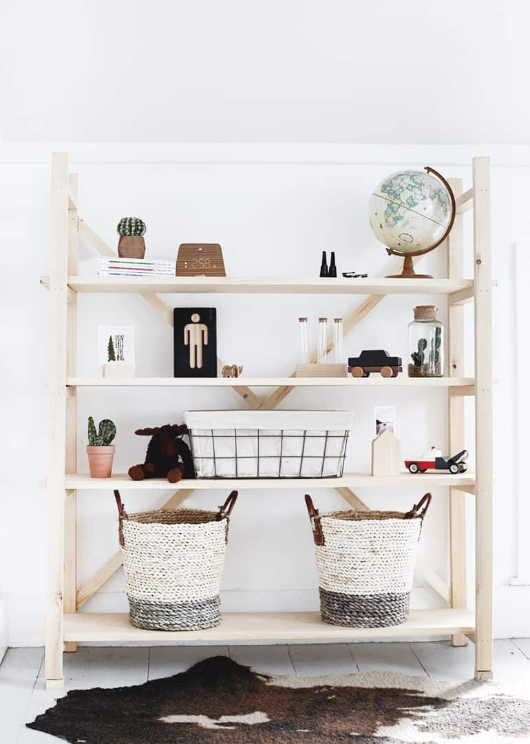Diy wood bookshelf