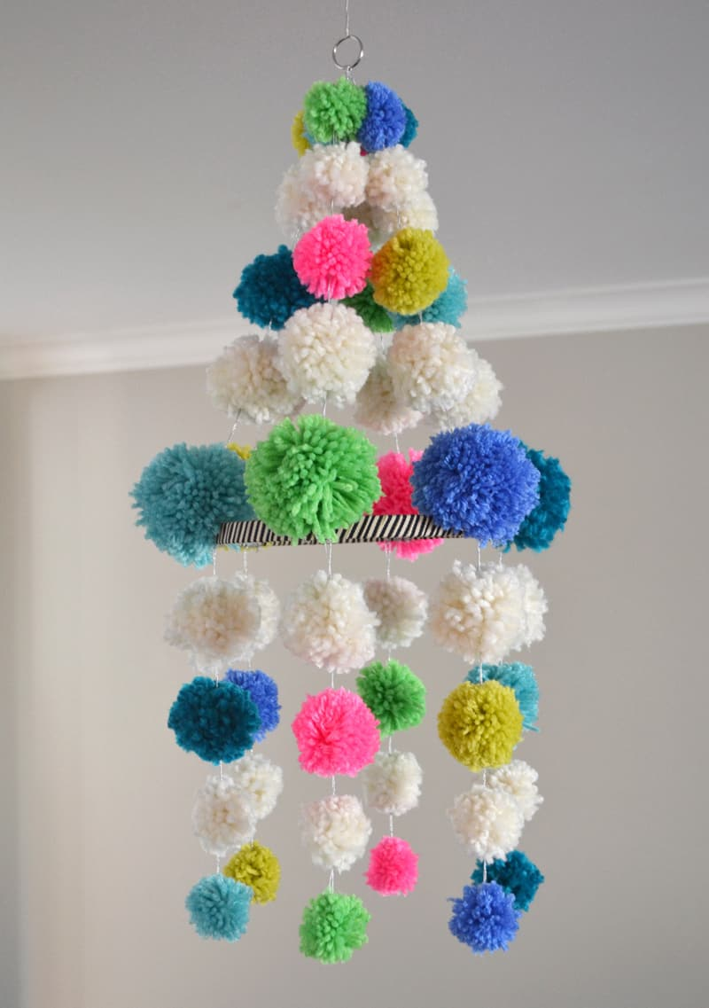 Cool pom pom hanging mobile
