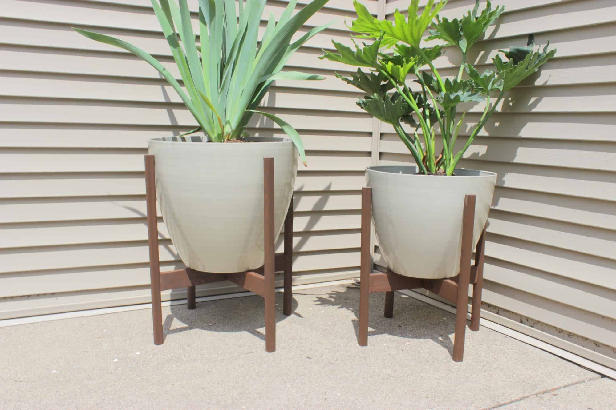 Diy modern planter stands