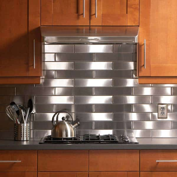Edgy stainless steel backsplash