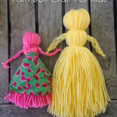 Extra simple yarn dolls