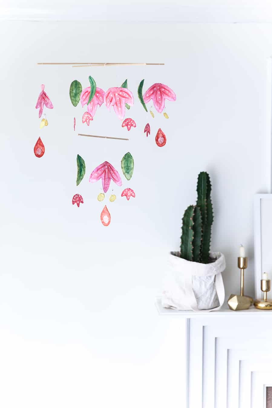 Scandiavian inspired diy hanging art