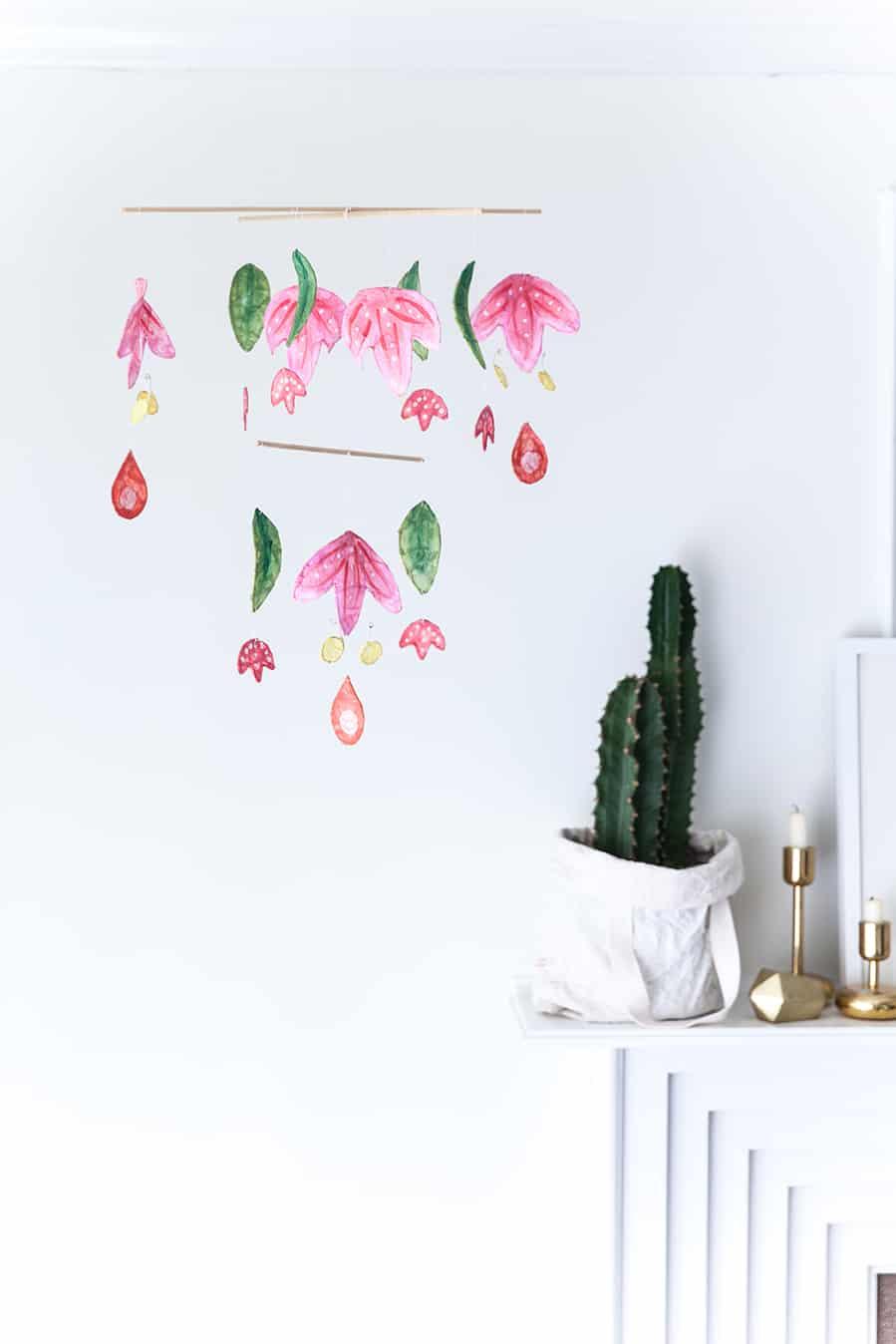 Scandiavian inspired diy hanging art