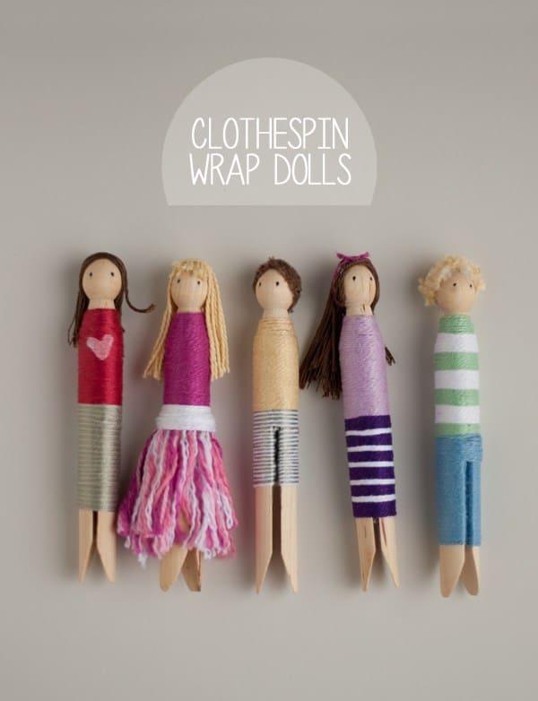 عروسک های چوبی با روکش چوبی پیچیده شده