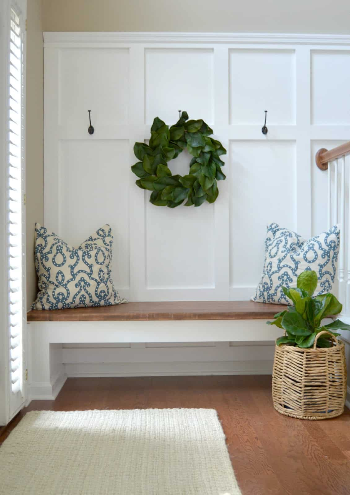 Wainscoting entryway space
