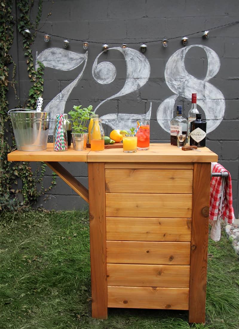 Simple outdoor bar diy