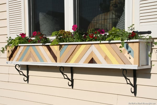 Bright, chevron window box