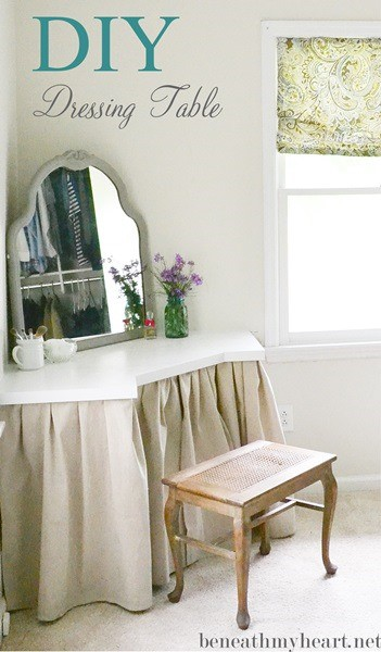 Diy corner and curtain dressing table