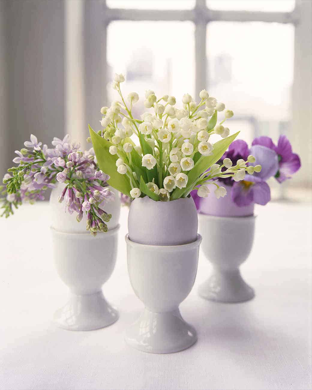 Flower arrangements in pastel egg shells