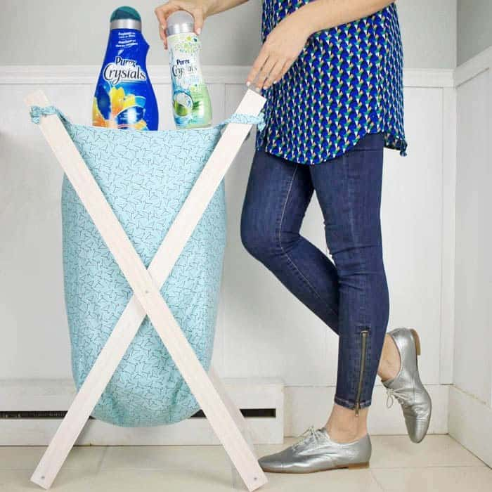Foldable wooden frame laundry hamper