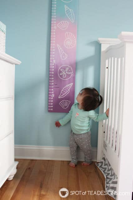 Hand painte seashell growth chart