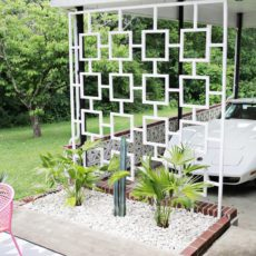 Miscentury style dividing patio trellis