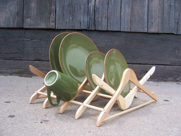 Coat hanger dish rack