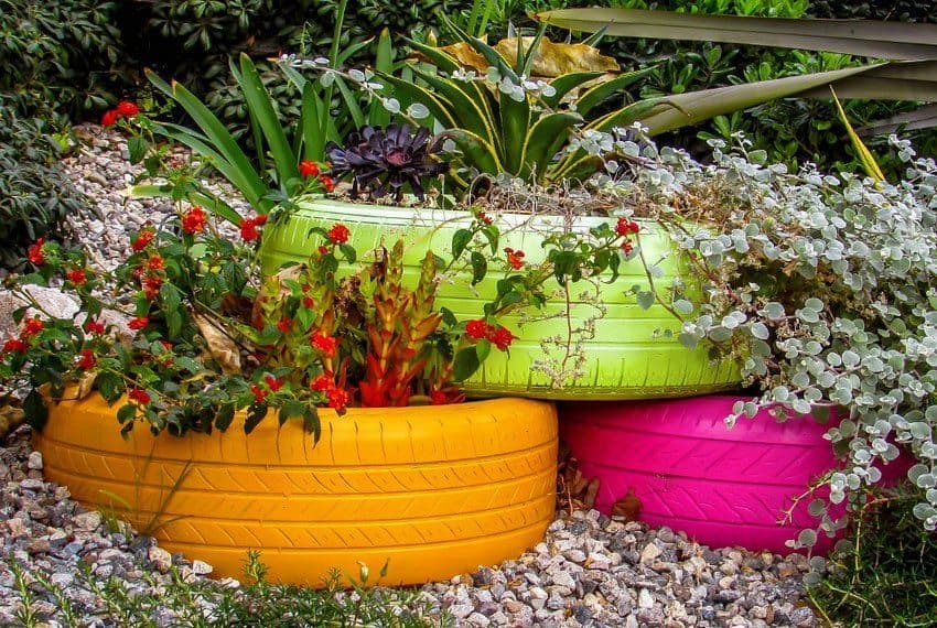 Diy flower beds made of old tires