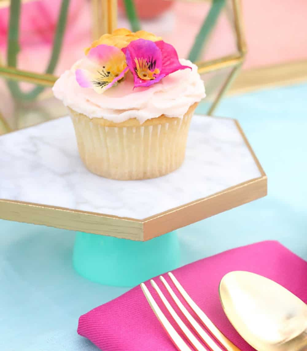 Diy marble cake stand