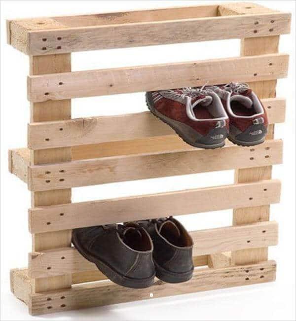 Diy pallet show rack