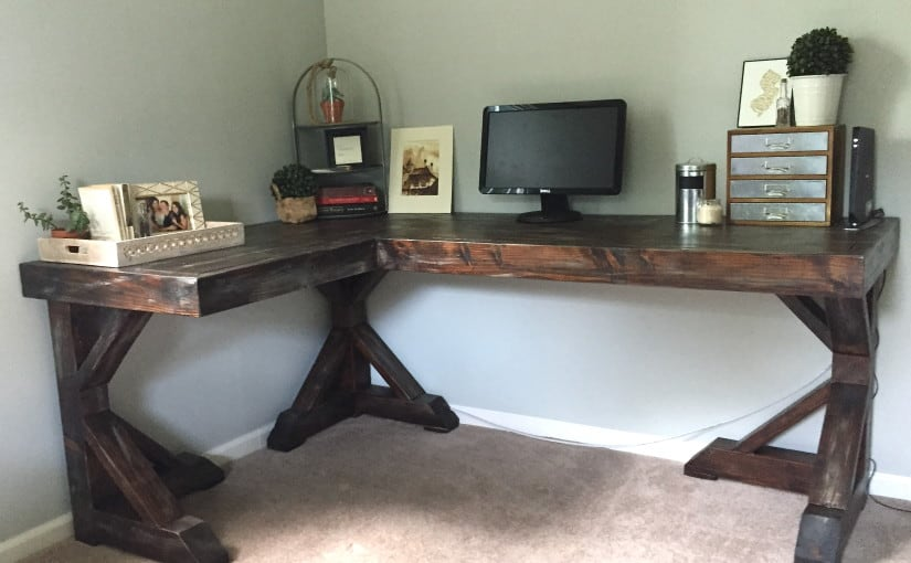 Diy wooden farmhouse corner desk from scratch