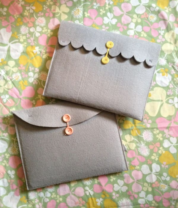 Felt scallop edged ipad case