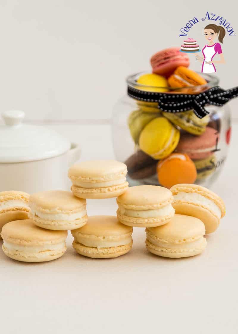 Classic vanilla macarons