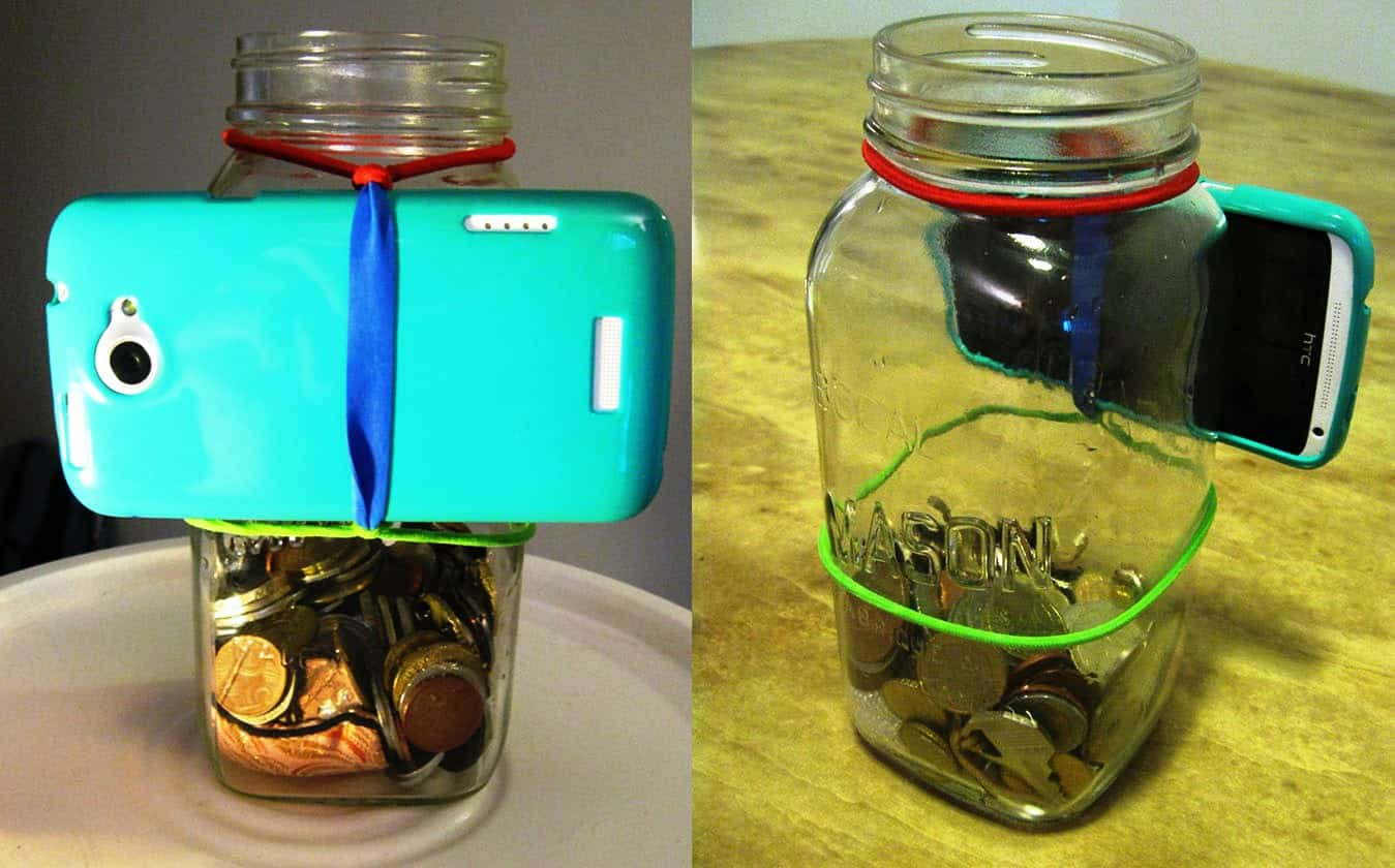Make a phone tripid from a mason jar and rubber bands