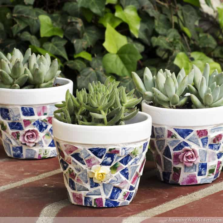 Mosaic pots with broken china