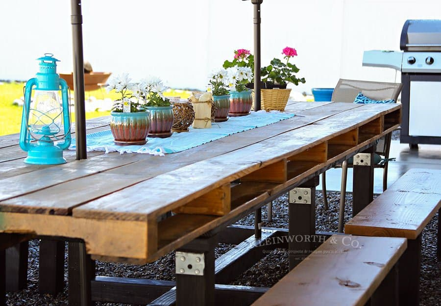 Outdoor pallet dining table diy