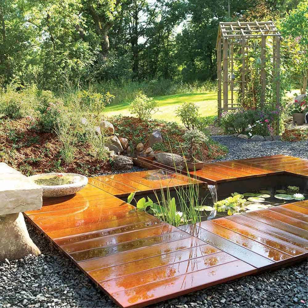 Simple wooden deck style pond
