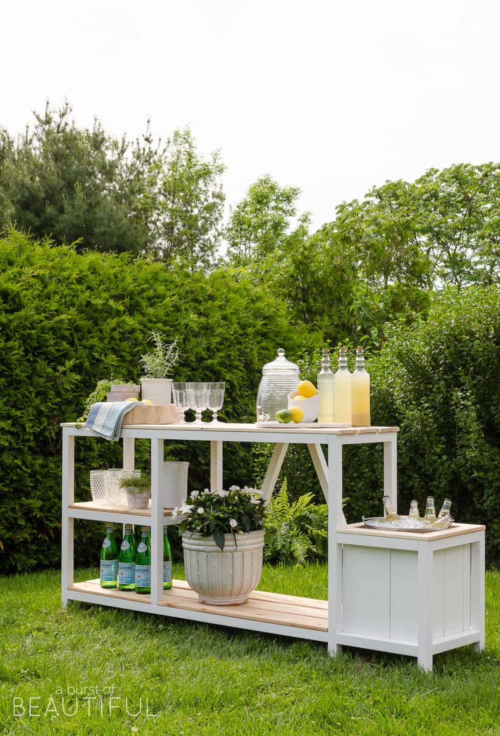 Summer entertaining outdoor bar free plans