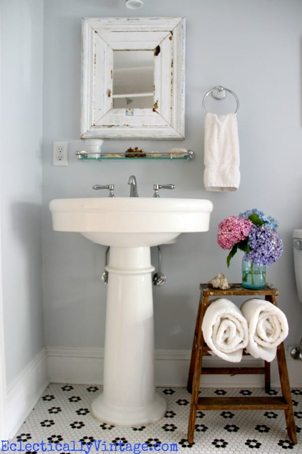 Vintaage ladder shelf for bathrooms with no counters