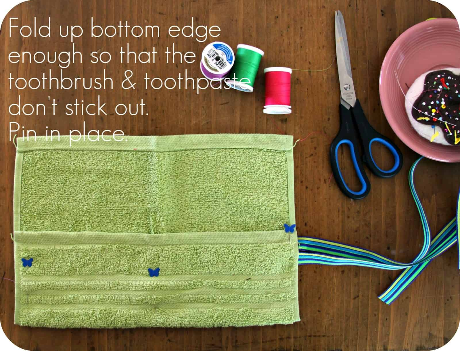 Washcloth travel roll for toothbrushes