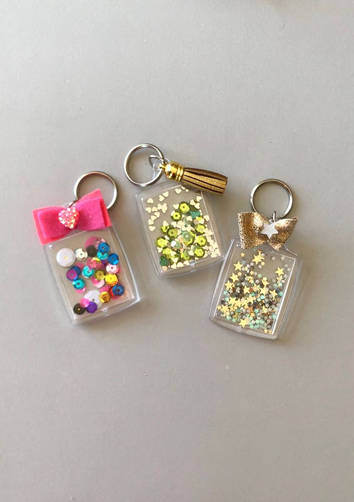 Diy confetti key chains