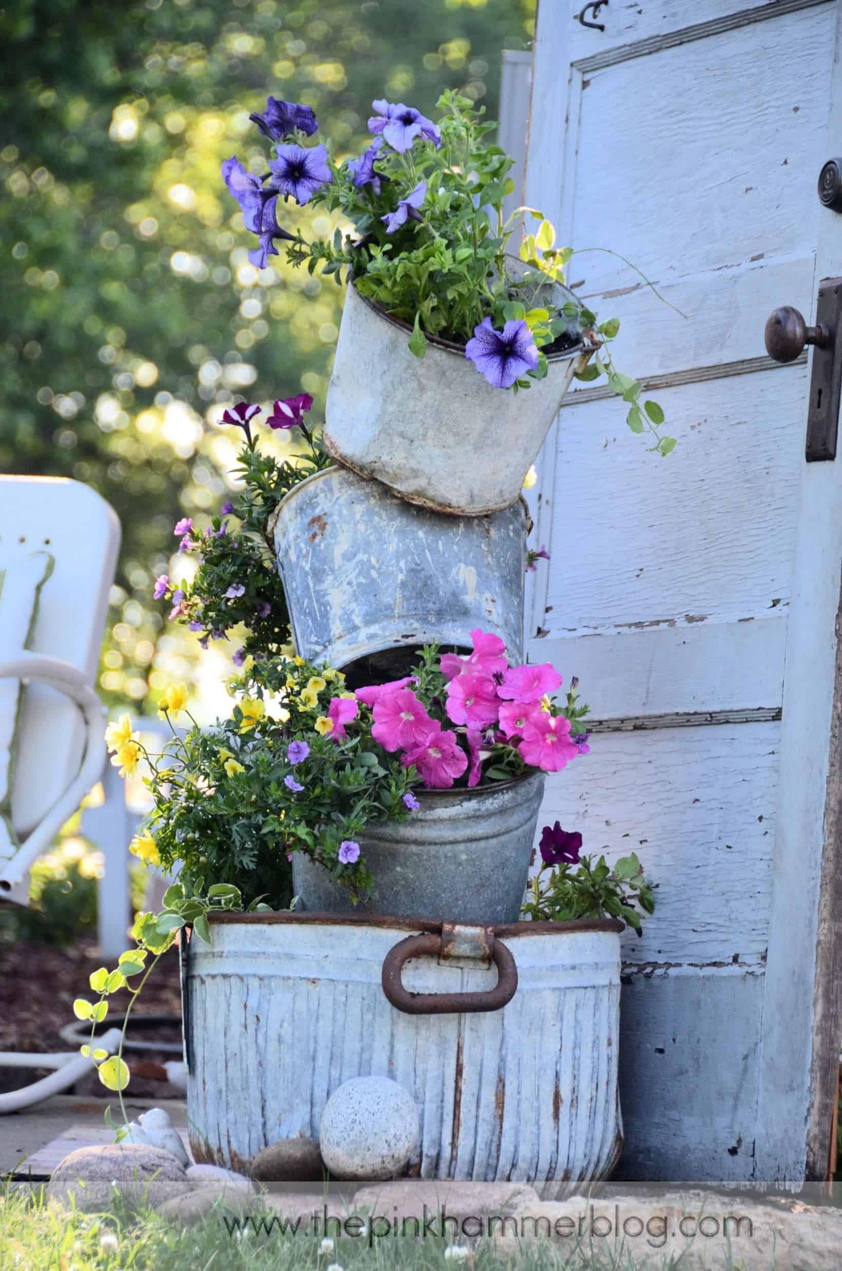 Rustic washtub and bucket planter tower