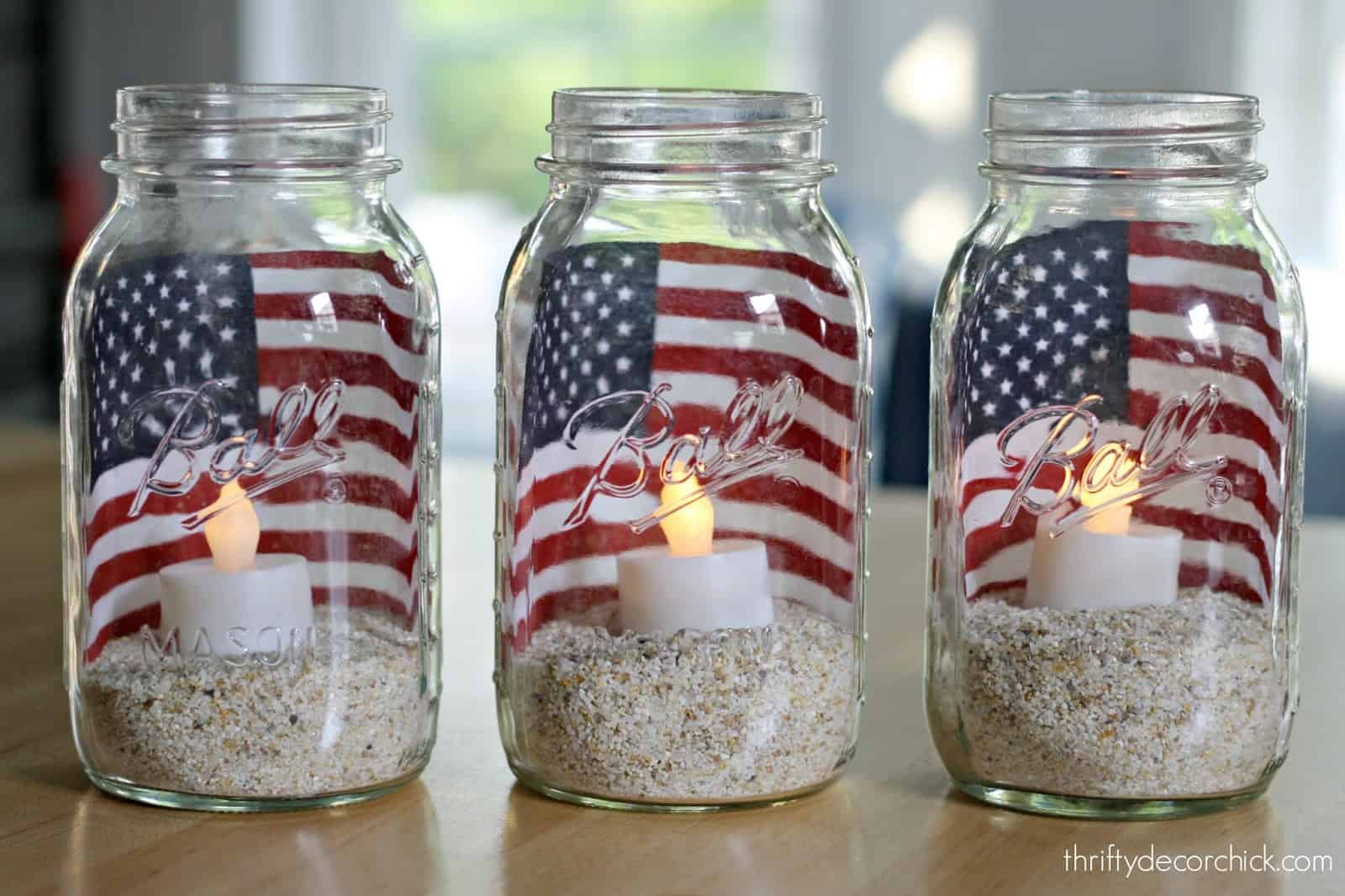 Sandy fourth of july lantern jars