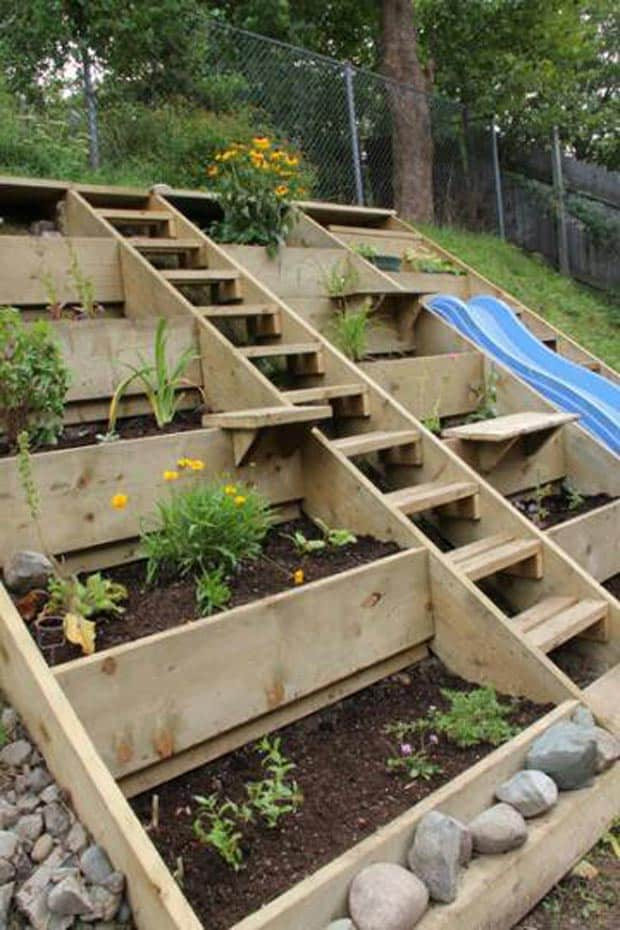 Vertical wooden step gardens