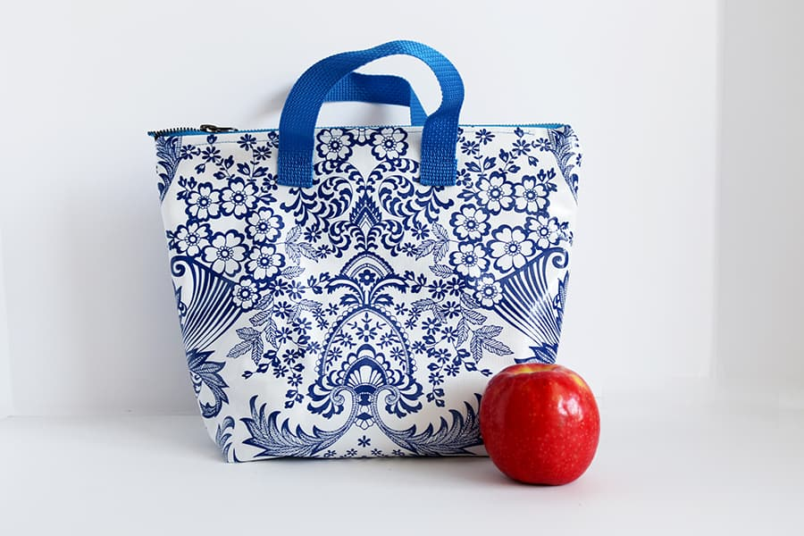 Wide insulated lunch tote