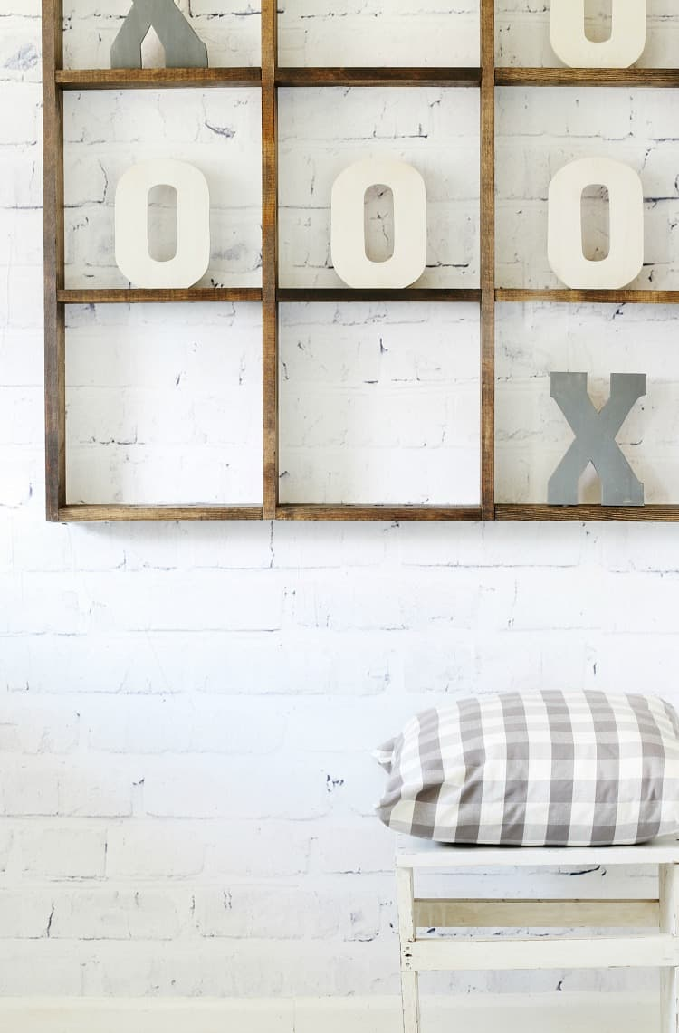 Over sized tic tac toe board diy