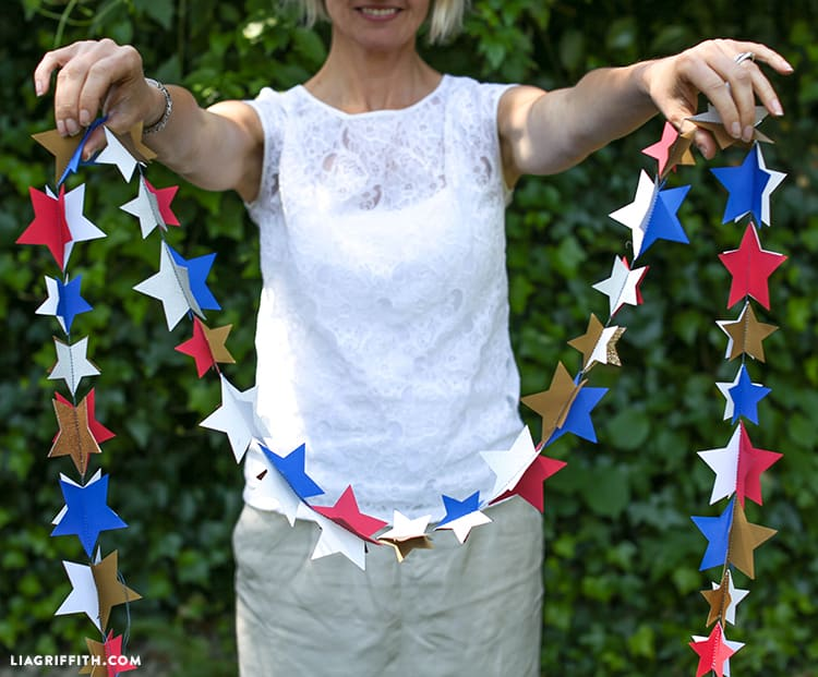 Quick sew paper star garland