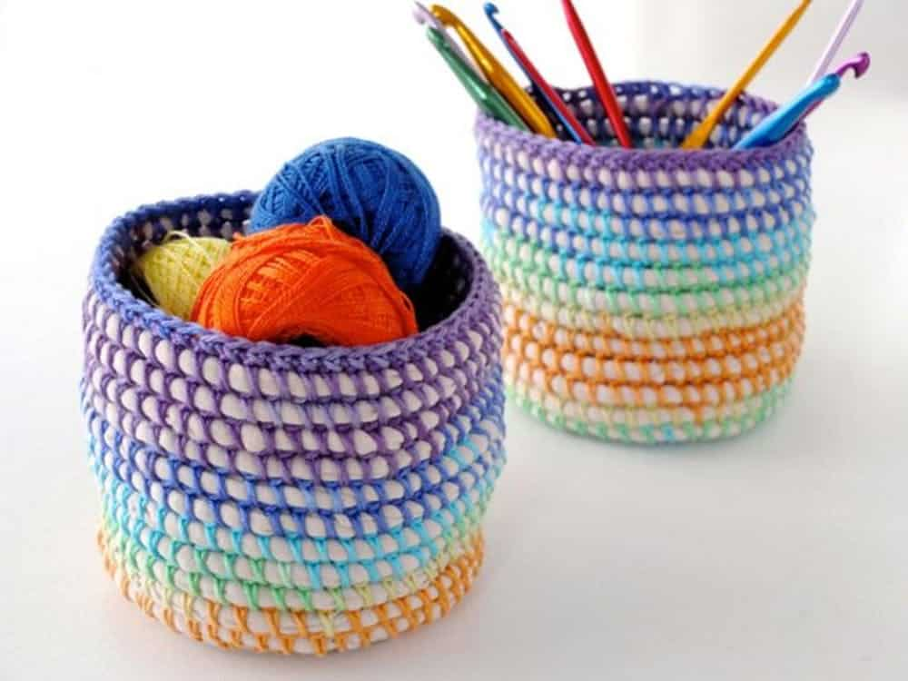 Rainbow baskets crochet diy