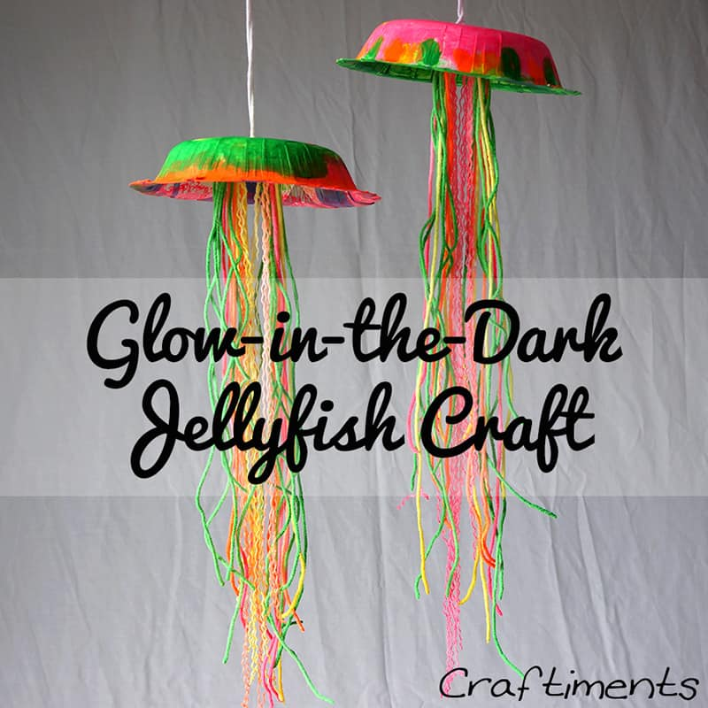 Glow in the dark paper bowl and yarn jellyfish