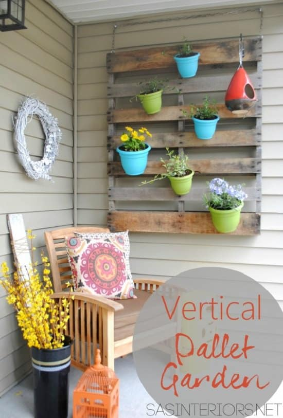 Hanging vertical pallet garden