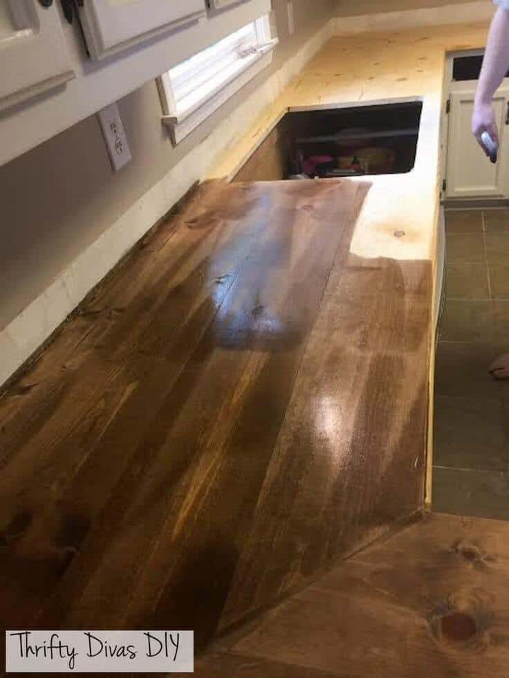How to stain your own wooden kitchen countertops