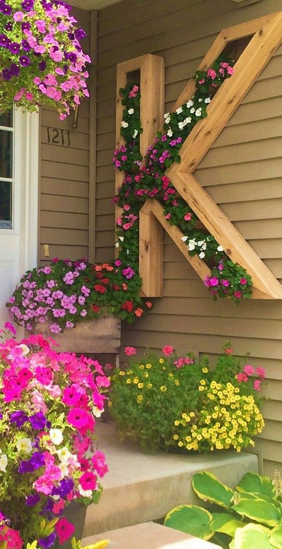 Mounted monogram porch planter