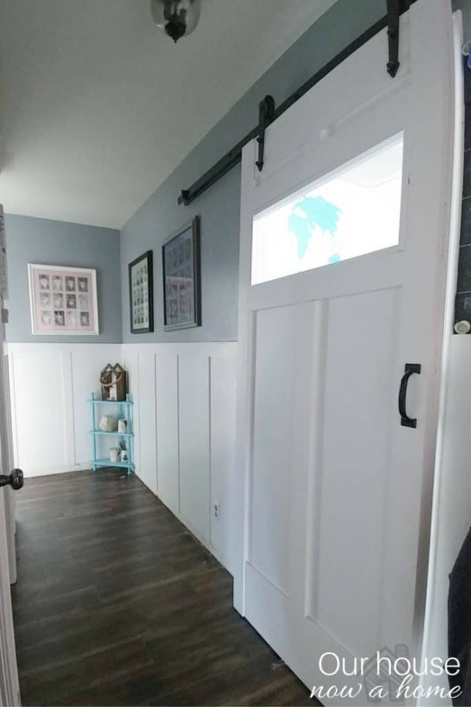 Single laundry room sliding barn door