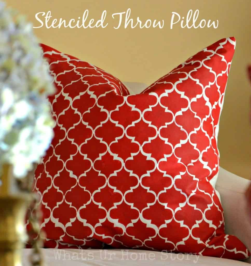 Stenciled throw pillow diy