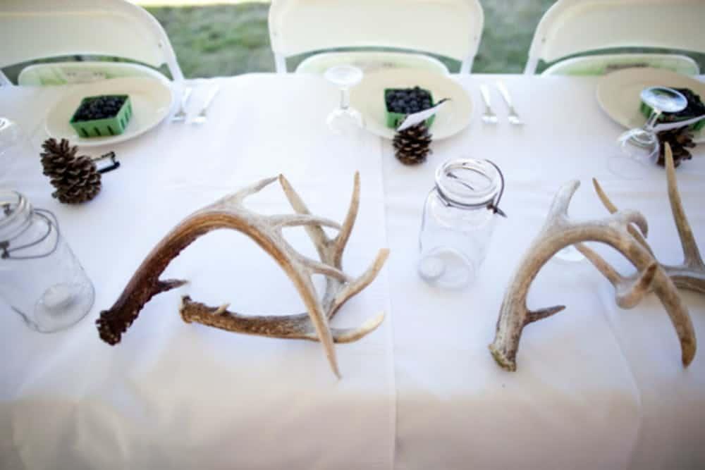 Diy antlers centerpiece