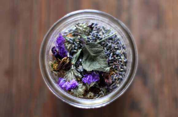 Diy potpourri dried flowers